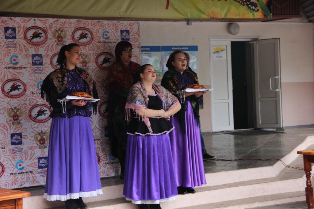 13-15 октября в ОРК «Клен» состоялся межрегиональный студенческий фестиваль Казачьей культуры.